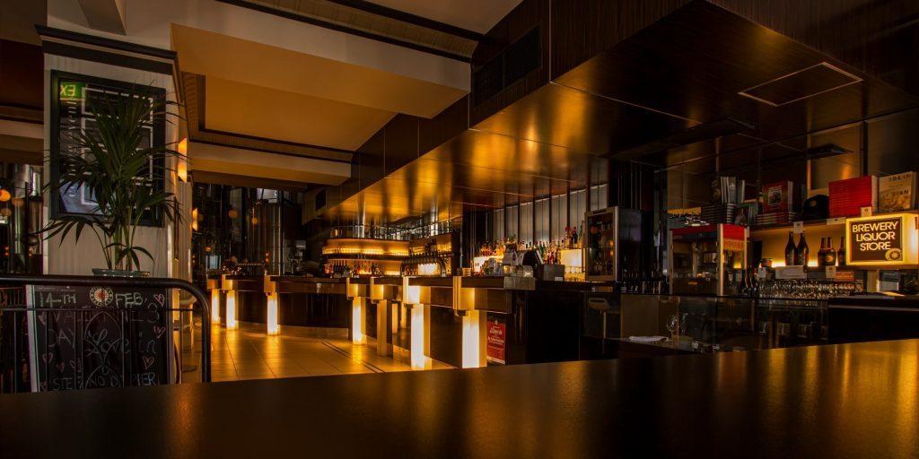 alcohol-architecture-bar-260922